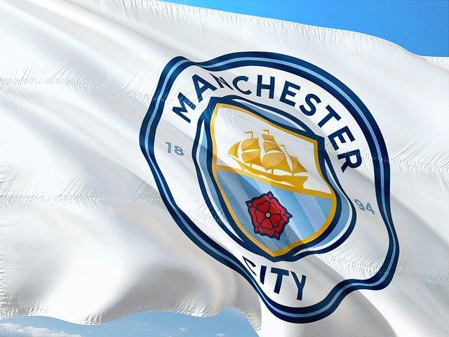 Phil Foden: Stredopoliar Man City pripravený na Premier League, hovorí Pep Guardiola