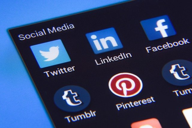 Buďte príkladom svojím deťom na sociálnych sieťach